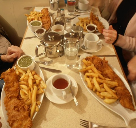 Drakes Fish And Chip Restaurant And Take Away | 11 Finkle Street, Ripon HG4 1LA | +44 1765 602406