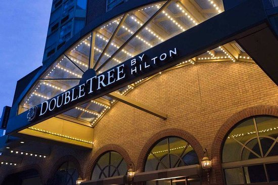 ‪Doubletree by Hilton Toronto Downtown‬