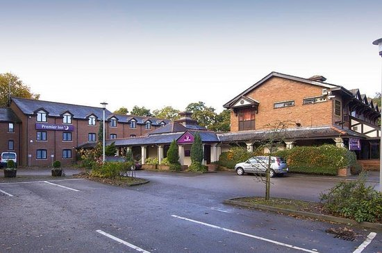 Photo of Premier Inn Manchester - Wilmslow