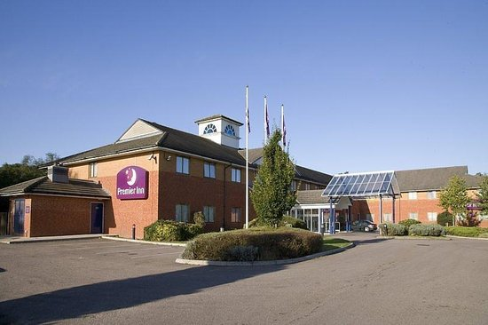 Premier Inn Luton South (M1, J9) Hotel