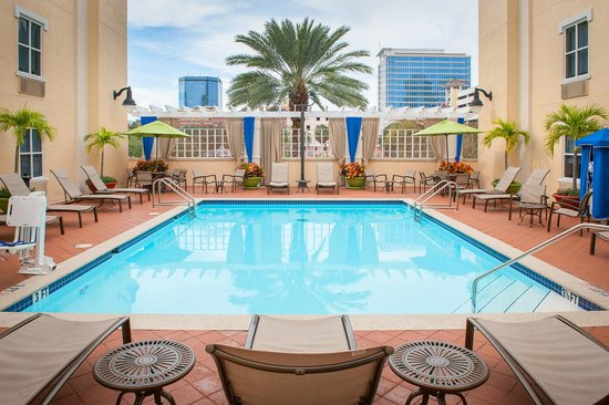 Hampton Inn and Suites St. Petersburg Downtown Hotel