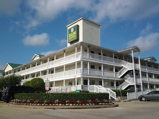 Photo of Sun Suites Of Greenspoint Houston