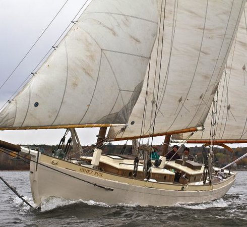 Henry Rusk Sail Co. - Day Tours