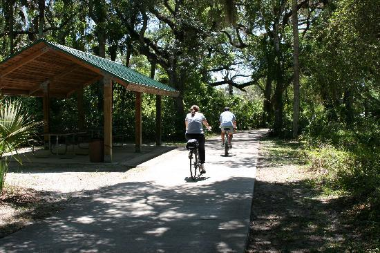 Palm Coast, FL: Over 125 miles of paved trails