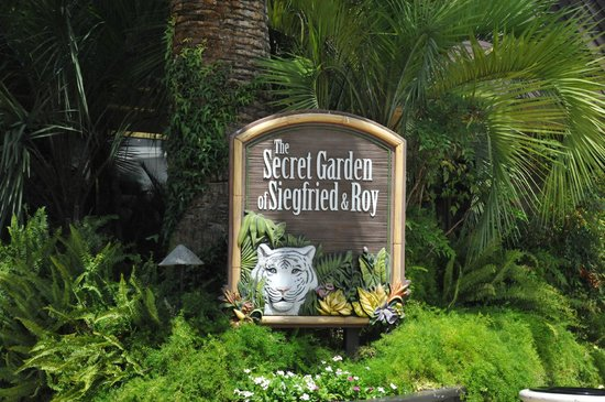 Siegfried Roy 39 S Secret Garden And Dolphin Habitat Picture Of Siegfried Roy 39 S Secret