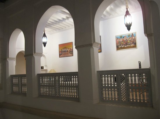 Riad Chi-Chi: The galleried seating area