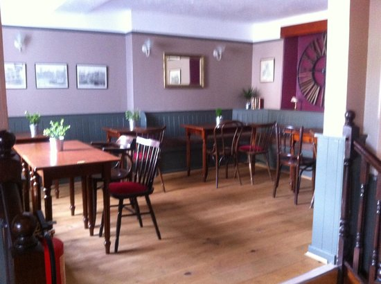 lovely floor and decor picture of dundry inn bristol. Black Bedroom Furniture Sets. Home Design Ideas