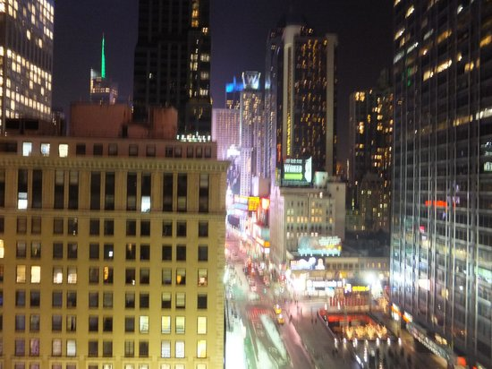 The Manhattan at Times Square Hotel: VIEW FROM THE ROOM.