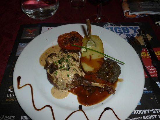 confit de canard foto van restaurant le correze brive la gaillarde tripadvisor. Black Bedroom Furniture Sets. Home Design Ideas