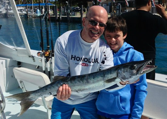 Foto de miami deep sea fishing charter therapy iv miami for Deep sea fishing miami fl