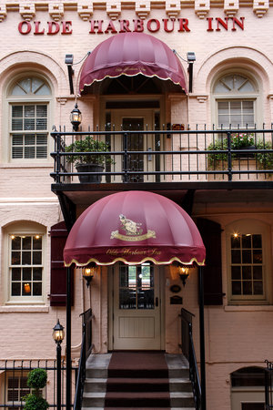 Photo of Olde Harbour Inn Savannah