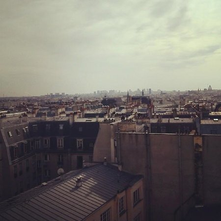 St Christopher's Canal Paris: the top floor room view