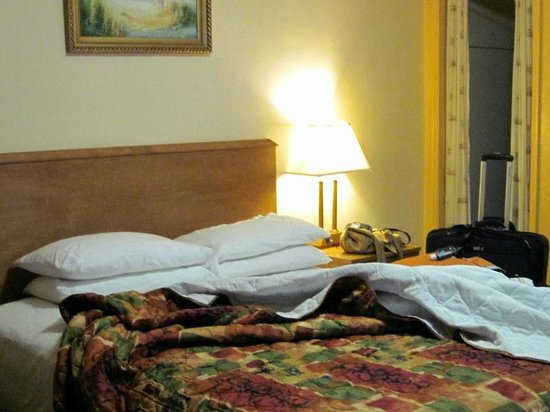 Jerry's Motel: Comfortable bed