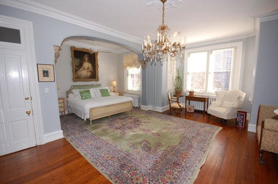 Vermont Avenue Bed and Breakfast