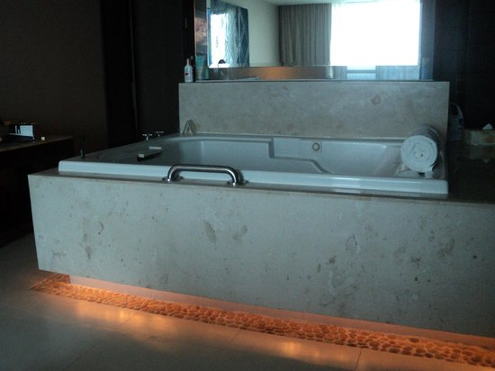 Hotels In Raleigh With Jacuzzi In Room