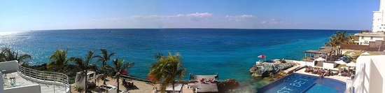 Hotel B Cozumel: Panoramic view from our hotel room