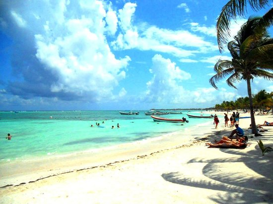 http://media-cdn.tripadvisor.com/media/photo-s/05/76/78/96/akumal-beach.jpg