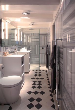 Boutique B&B Kamer01: Green Suite bathroom