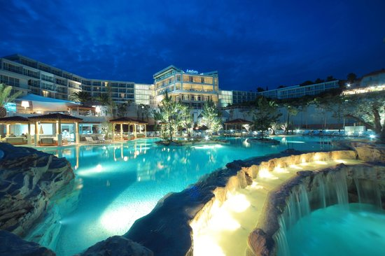 Amfora, hvar grand beach resort