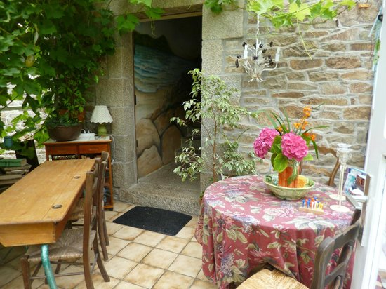 An American In Brittany Bed & Breakfast