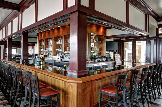 Bar picture of fog harbor fish house san francisco for Fog harbor fish house san francisco