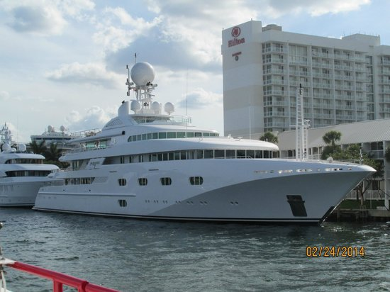Huge Picture Of Jungle Queen Riverboat Fort Lauderdale