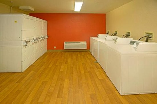 Extended Stay America - Denver - Tech Center South - Greenwood Village: On-Premise Guest Laundry