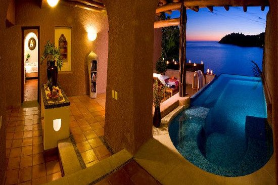 Photo of La Casa Que Canta Zihuatanejo