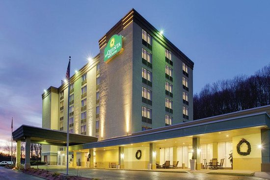 ‪La Quinta Inn & Suites Pittsburgh North‬