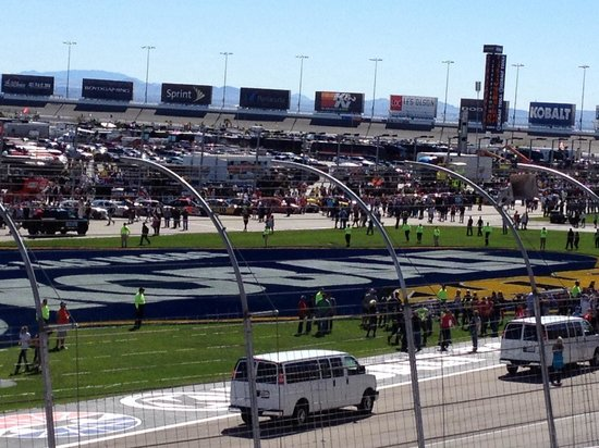 Before the start of the nationwide race picture of las for Las vegas motor speedway rental