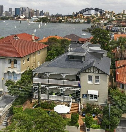 ‪Cremorne Point Manor‬