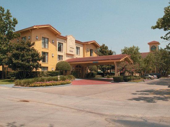 Photo of La Quinta Woodlands Hotel Houston