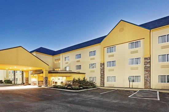 La Quinta Inn And Suites Knoxville Airport