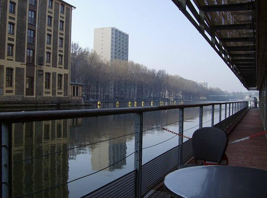 St Christopher's Canal Paris: View from the bar