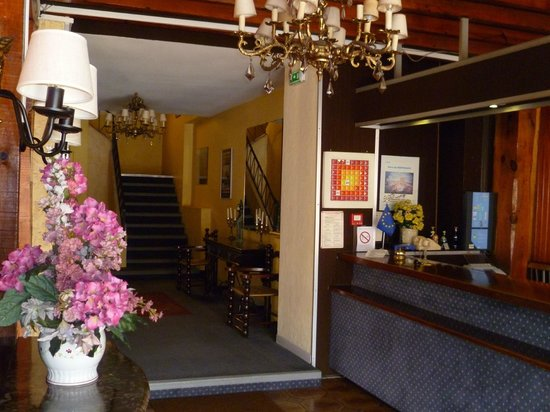 Photo of Hotel Le Paris Barcelone Perpignan