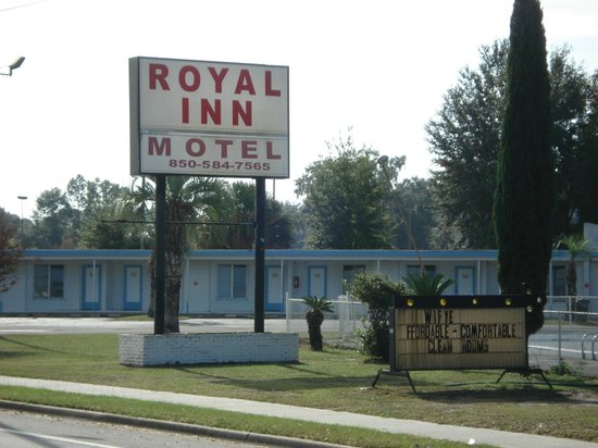 ‪Royal Inn Motel‬