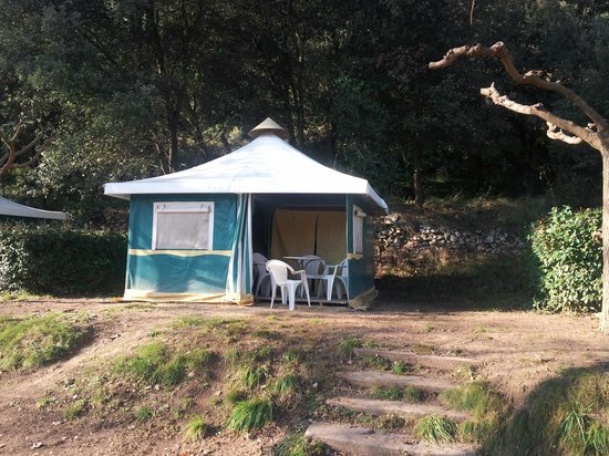 Camping le grand jardin correns france campground for Camping le jardin botanique limeray