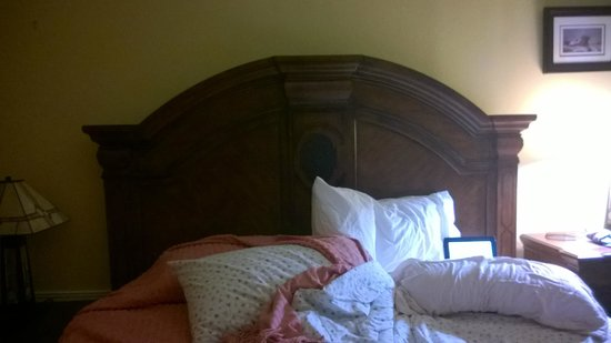 Deer Harbor Inn: Master Bedroom, has on suite