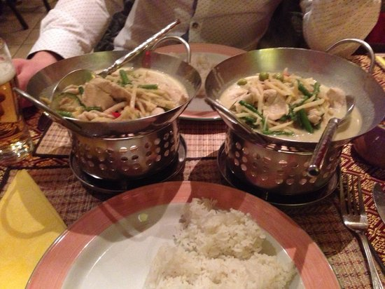 Thai Phutakun: Thai green curry!