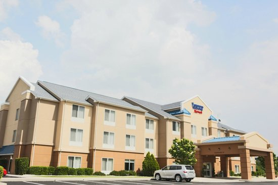 ‪Fairfield Inn & Suites Lexington Berea‬