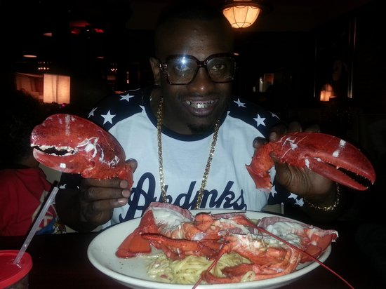 Delicious 4 lb Lobster - Picture of Pappadeaux Seafood Kitchen, Dallas - TripAdvisor