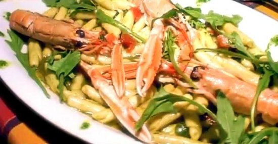 Il boccone brindisi restaurant reviews phone number for Comcaisson colonne cuisine