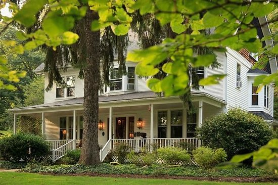 Photo of White Oak Inn Bed and Breakfast Danville  Knox County
