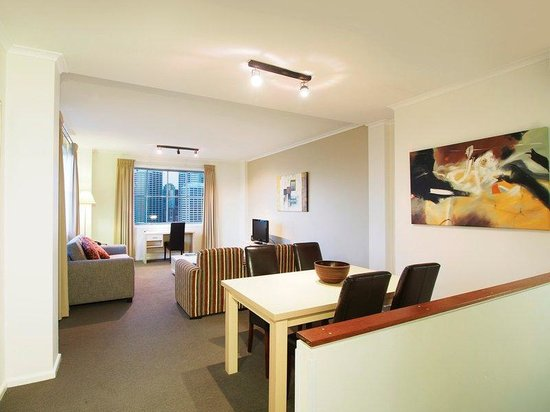 Photo of Oaks Goldsbrough Apartments Sydney