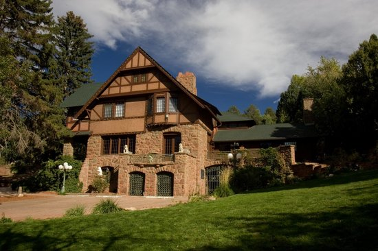 Photo of Bed and Breakfast at Historic Onaledge Manitou Springs