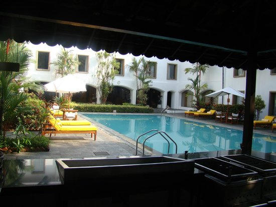 Rooms Overlook Swimming Pool Garden Picture Of Trident Cochin Kochi Cochin Tripadvisor