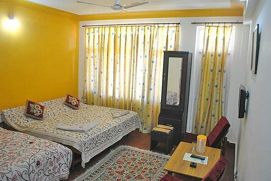 Pawan Guest House