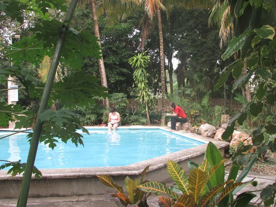 Big pool for Posada el jardin de angela
