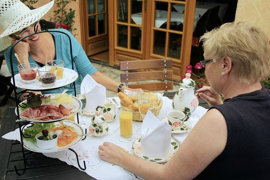 Bad Bellingen Germany  City new picture : Bad Bellingen, Germany: Original Classic English Teatime