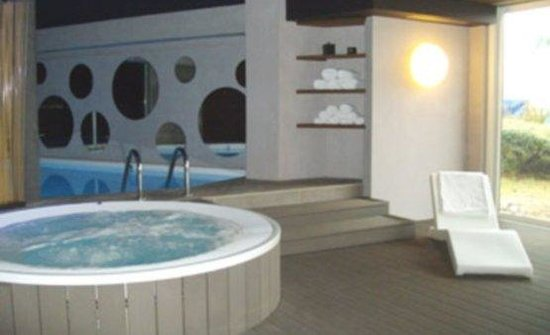 301 moved permanently for Hotel jacuzzi privatif lorraine